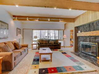 Dog-friendly condo w/ entertainment, private hot tub and SHARC access! - Sunriver vacation rentals