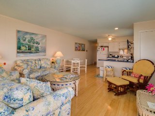 Vibrant seaside home with two balconies - just a short walk to the beach! - Ocean City vacation rentals