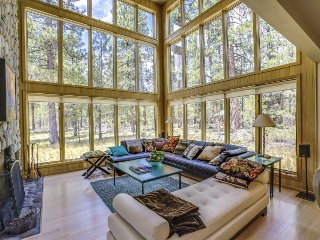 Sun-filled home w/ privacy, shared pool, hot tub & resort amenities! - Black Butte Ranch vacation rentals