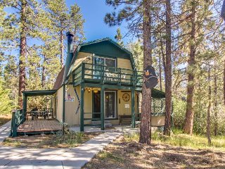 Charming, inviting cabin great for a family - close to town & the lake! - Big Bear Lake vacation rentals