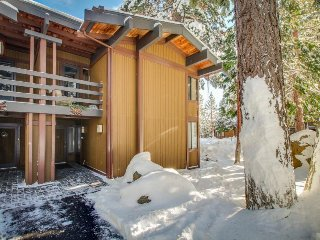 Elegant townhome w/ shared pools, hot tub & gorgeous lake views! - Tahoe City vacation rentals