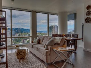 Modern, dog-friendly retreat in the heart of downtown Portland! - Gresham vacation rentals