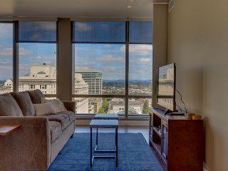 Hip & modern downtown elegance w/ spectacular views of the city - dogs okay! - Portland vacation rentals