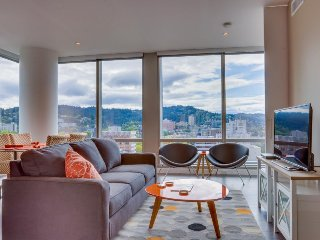 Sleek, dog-friendly condo w/ sweeping city views - great location! - Portland vacation rentals