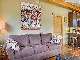 Deluxe dog-friendly condo 2 blocks from historic downtown area! - Durango vacation rentals