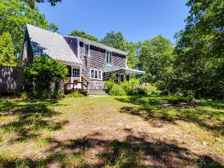 Secluded home with outdoor shower near alpaca farm & swimming hole! - West Tisbury vacation rentals