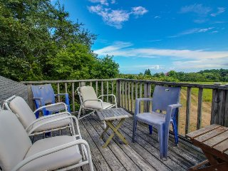 Quiet home w/ beach & dock access, ocean views! - Chilmark vacation rentals