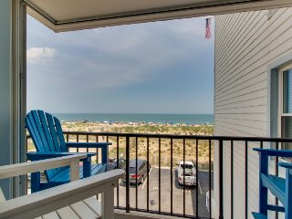 Oceanfront condo with gorgeous ocean views, easy beach access - Ocean City vacation rentals