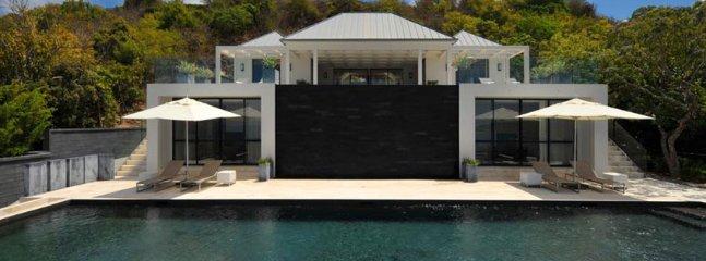 Villa La Petite Sereine 5 Bedroom SPECIAL OFFER - Image 1 - Pointe Milou - rentals