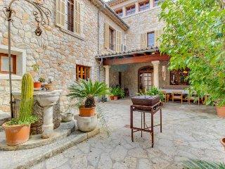 Mountain views, private pool & sauna, close to town - Alaro vacation rentals