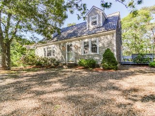 Sweet house with a beautiful deck, community tennis courts & easy town access! - Edgartown vacation rentals
