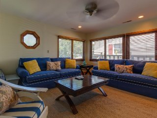 Centrally located, family-friendly home—walk to beach & more! - Ocean City vacation rentals