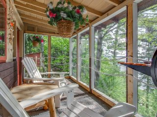 Oceanfront cabin with a private dock, deck, and screened porch! - Phippsburg vacation rentals