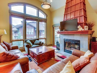 High-quality ski view townhome w/shared hot tub & pool + close to lifts! - Solitude vacation rentals