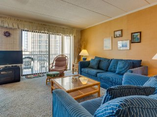 Bright and clean condo near the beach, perfect for family fun! - Ocean City vacation rentals