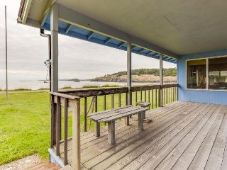 Rustic waterfront beach house with views of the bay & easy beach access! - Lopez Island vacation rentals