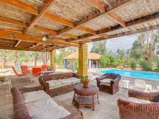 Lovely villa with covered outdoor terraces and private pool! - Zapallar vacation rentals