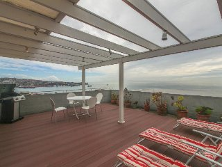 Cozy and light-filled condo with sunny terrace & panoramic views of Valparaiso! - Valparaiso vacation rentals