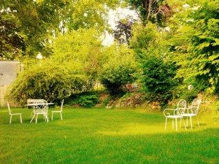Appartement cosy avec agréable jardin privatif - Villeneuve-Saint-Georges vacation rentals