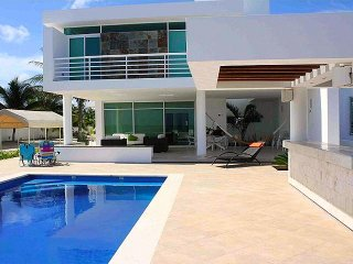 Perfect House with A/C and Balcony - Telchac Puerto vacation rentals