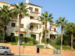 Luxury 2 Bed Apt. Las Ramblas SKY TV Wi-fi - Torrevieja vacation rentals