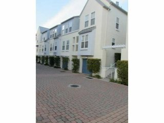 Lovely 2 bedroom House in Foster City - Foster City vacation rentals