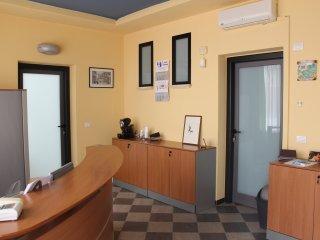 """Alloggi al """"Kaos da Pirandello"""":vacanza/uff/lavoro - Porto Empedocle vacation rentals"""