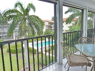 South end condo with heated pool, hot tub and short walk to South Beach - Marco Island vacation rentals