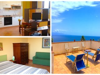 CASA MORGETIA JUNIOR 2 with view. Free Wi-Fi - Taormina vacation rentals