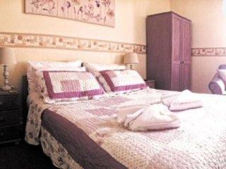 Clifton Villa Guest house Room 1-Beaumaris - Llandudno vacation rentals