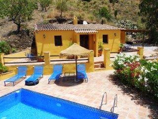 Casa Los Montes El Monecilla, Traditional  Spanish - Vinuela vacation rentals