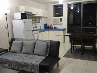 Well located one bedroom apartment with city views - East Victoria Park vacation rentals