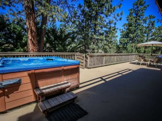 Nice House with Hot Tub and Fireplace - Big Bear Lake vacation rentals