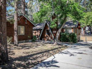 2 bedroom House with Fireplace in Big Bear Lake - Big Bear Lake vacation rentals