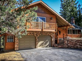 Charming 3 bedroom Big Bear Lake House with Hot Tub - Big Bear Lake vacation rentals