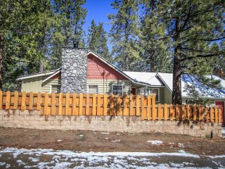 Comfortable 3 bedroom House in Big Bear Lake with Fireplace - Big Bear Lake vacation rentals