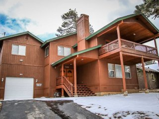 Nice 3 bedroom Big Bear City House with Central Heating - Big Bear City vacation rentals