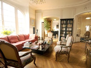 Luxury 3 Bedroom Apartment w/Piano in Paris - Paris vacation rentals