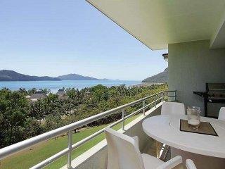 2 bedroom Apartment with A/C in Hamilton Island - Hamilton Island vacation rentals