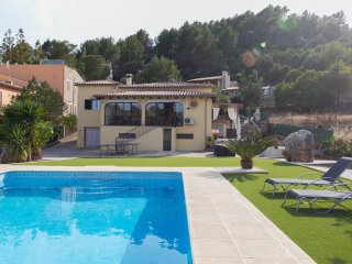 Lovely Chalet with Internet Access and A/C - Mancor de la Vall vacation rentals