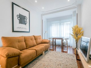 Cozy Condo with Internet Access and Dishwasher - San Sebastian - Donostia vacation rentals