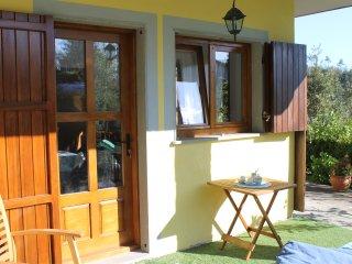 """Ampio monolocale luminoso """"stellato guest house"""" - Ricco del Golfo di Spezia vacation rentals"""