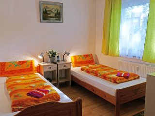 Apartment/Monteurwohnung/EG Zimm. 2 - Cologne vacation rentals