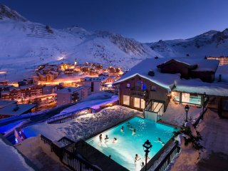 Charming Condo with Shared Outdoor Pool and Balcony in Tignes - Tignes vacation rentals