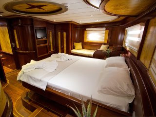 Bright 5 bedroom Marmaris Houseboat with Internet Access - Marmaris vacation rentals