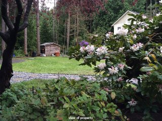 Cowichan Valley Suite in the Garden - Cobble Hill vacation rentals
