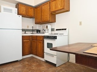Furnished Studio Apartment at Taylor St & Ellis St San Francisco - San Francisco vacation rentals