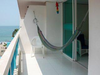 Apartamento con balcón y vista al Mar 506KA - Santa Marta vacation rentals