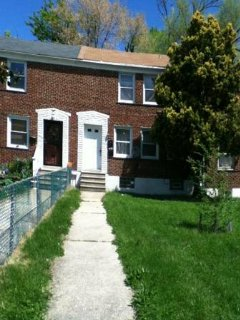 Cozy 2br 1ba with washer/dryer and all utilities!! - Baltimore vacation rentals