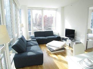 2 bedroom apartment comfortably sleeps 4 (# 8796) - Manhattan vacation rentals